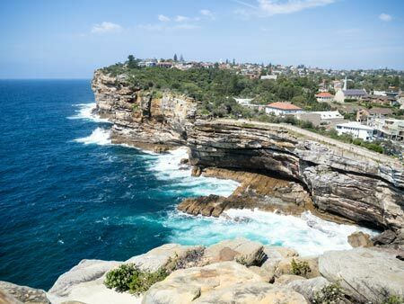 properties in watsons bay