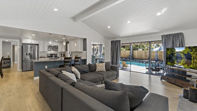 Luxury living room Elizabeth Bay